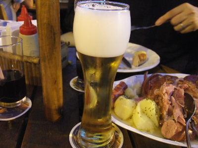 ブラジルにあるスイス?サンパウロの観光地カンポスドジョルダンのビール