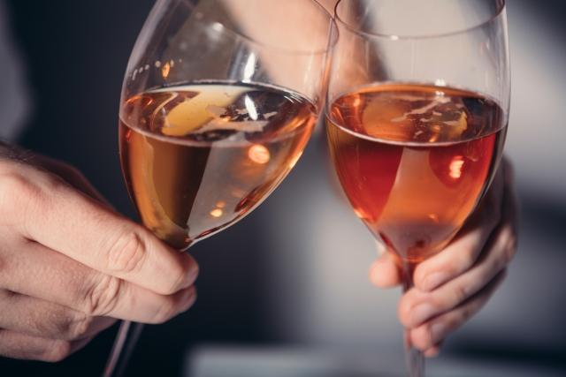 ロゼワインの魅力と選び方は? 4通りの製造方法による違いを知っていますか?