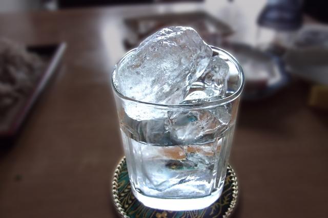 暑い夏にたのしむ日本酒ロックのおすすめ